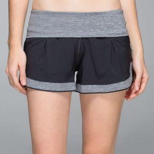 EUC Lululemon Ready to Roll Shorts Size 8